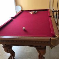 Pool table /Beautiful Red Felt Pooltable
