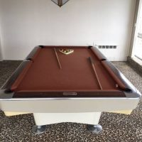 Vintage Pool Table Unbelievable Condtion-SOLD