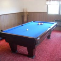 Like New!! Brunswick Pool Table